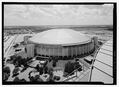 Jet Lowe, Astrodome Looking East from Rooftof of Adjacent Reliant Stadium (New NFL/Rodeo Stadium)—Houston Astrodome, 8400 Kirby Drive, Houston, Harris County, TX, 2004,  Library of Congress Prints and Photographs Division Washington, D.C. 20540 USA, HAER TX-108-1