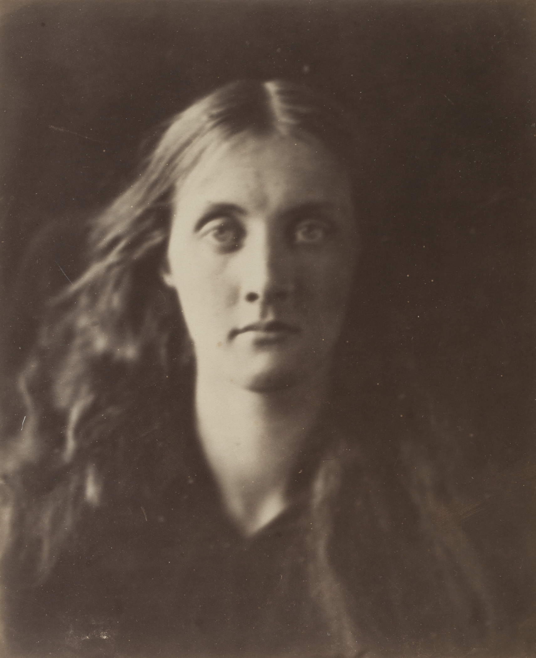 Julia Margaret Cameron, Julia Jackson, c. 1868, Los Angeles County Museum of Art, The Marjorie and Leonard Vernon Collection, gift of The Annenberg Foundation, acquired from Carol Vernon and Robert Turbin, photo © Museum Associates/LACMA