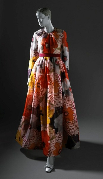 Geoffrey Beene, Woman's Evening Dress, c. 1972, gift of Margo Winkler