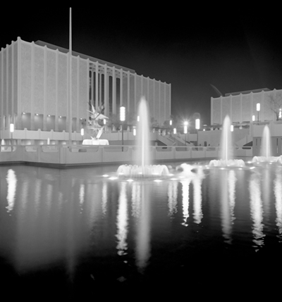 William L. Pereira and Associates. Los Angeles County Museum of Art, c. 1965. Photo © Museum Associates/LACMA, photographic archives