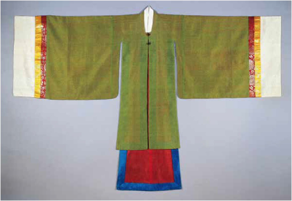 Women's Ceremonial Topcoat (Wonsam), 19th century, Seoul Museum of History, photo © Seoul Museum of History