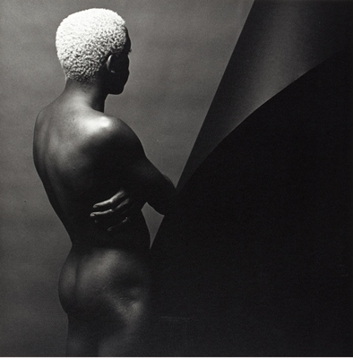 Robert Mapplethorpe, Leigh Lee, N.Y.C. (Z Portfolio), 1980, the J. Paul Getty Museum, Los Angeles, jointly acquired by the J. Paul Getty Trust and the Los Angeles County Museum of Art, partial gift of the Robert Mapplethorpe Foundation; partial purchase with funds provided by the David Geffen Foundation and the J. Paul Getty Trust, 2011, © Robert Mapplethorpe Foundation