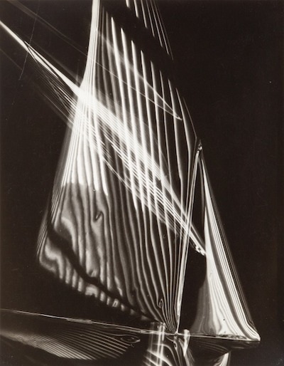 Carlotta M. Corpron, Fluid Light Design, 1940, printed c. 1940, The Marjorie and Leonard Vernon Collection, gift of the Annenberg Foundation, acquired from Carol Vernon and Robert Turbin, © 1983 Amon Carter Museum of American Art