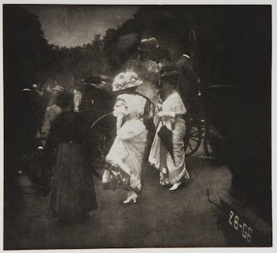 Edward Steichen, Steeplechase Day, After the Grand Prix, Longchamps Racetrack—Paris, c. 1906, the Marjorie and Leonard Vernon Collection, gift of The Annenberg Foundation, acquired from Carol Vernon and Robert Turbin