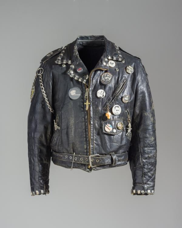 b8069cc37c8 Black leather