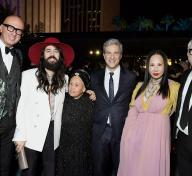 From Left: Marco Bizzarri, Alessandro Michele, Honoree Betye Saar, LACMA CEO & Director Michael Govan, LACMA Trustee Eva Chow, and Honoree Alfonso Cuarón attend the 2019 LACMA Art + Film Gala presented by Gucci at LACMA on November 2, 2019, photo by Charley Gallay/Getty Images for LACMA